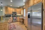 Durango Colorado vacation rental townhome between downtown and Purgatory Resort modern kitchen