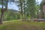 Durango Colorado vacation rental cabin near Purgatory Resort shaded lawn