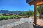 Durango Valley View vacation rental home front patio area