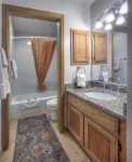 Colorado vacation rental at Durango Ferringway Condominiums full bath