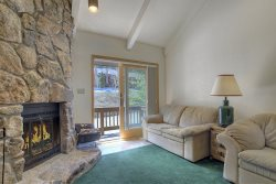 Cascade Village Mountain Hideaway Two Bedroom Condo