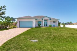 Bokeelia Oasis! Bring your boat, lift included! Minutes to Charlotte Harbor!