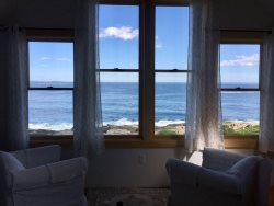 Oceanside cottage perched on the hill near the Giant Stairs, offering amazing elevated panoramic open ocean views!
