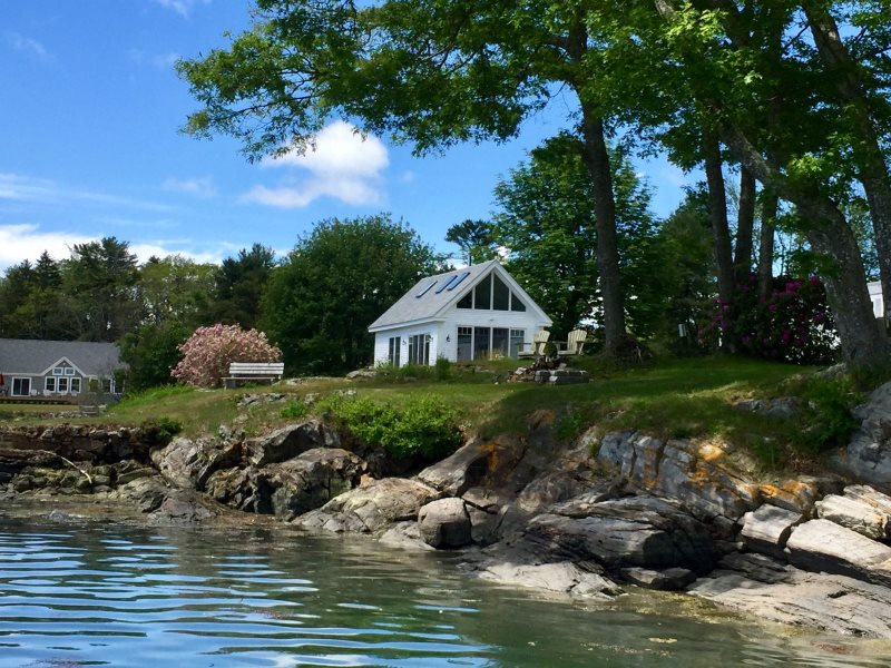 Sensational Maine Waterfront Rental Newly Remodeled On Card Cove In Download Free Architecture Designs Griteanizatbritishbridgeorg