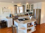 Great kitchen to cook your delicious meals in