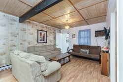 Sand Dollar Cottage North - A Cozy & Cute Vacation Home on Chincoteague Island.