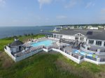Captain`s Cove Golf & Yacht Club has incredible Family-Friendly Amenities.