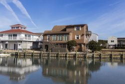 Casa Del Canal - The Best of Waterfront Living in Captain's Cove