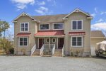 Seaside Rendezvous is a fantastic 3 Bedroom/2.5 Bath Chincoteague Vacation Home.