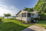 Welcome to The C-Ray - a beautiful Waterfront Vacation Home on Chincoteague Island.