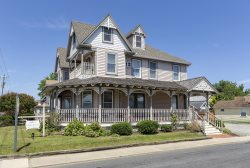 The Inn at Poplar Corner - A One-of-a-Kind Chincoteague Vacation Experience!