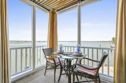Lover's Lane - Relax, Re-Connect, and Rejuvenate on Chincoteague Island!
