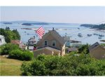Nanmark with the sights of Stonington Harbor