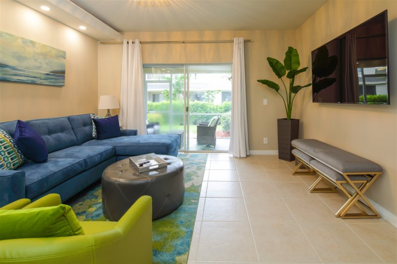 Magnificent The Perfect Getaway Home Away From Home This Townhouse Is Home Interior And Landscaping Ologienasavecom