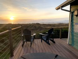 Hazel's Place- 2 bedroom Home with Unsurpassed Ocean Views