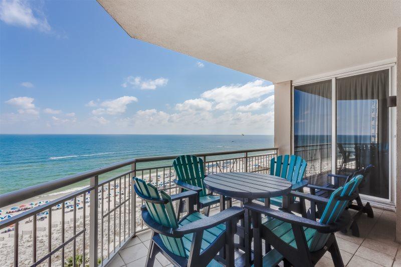 Indigo Resort Vacation Rental Living Room