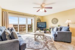 Dory B - Beachfront Townhome