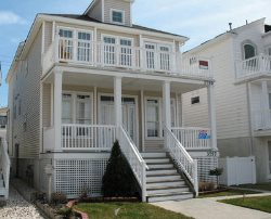 3759 West Avenue in Ocean City