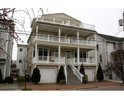 822 Delancey Place in Ocean City