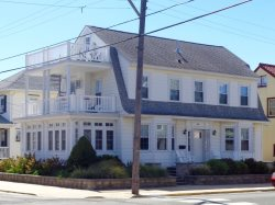 900 Stenton Place in Ocean City