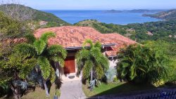 Ultra Luxury 3 bedroom 3.5 bath Getaway with incredible views of the Pacific and Peninsula Papagayo