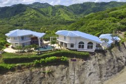 Amazing Ocean and Mountain views 3 Bedroom 3.5 Bathroom Home with Private Outdoor Area