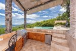 Casa de los Suenos - Ground Floor, Master Bedroom with Ensuite Bath