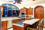 Casa de los Suenos - Open Plan Living Area Looks Out Over the Pacific