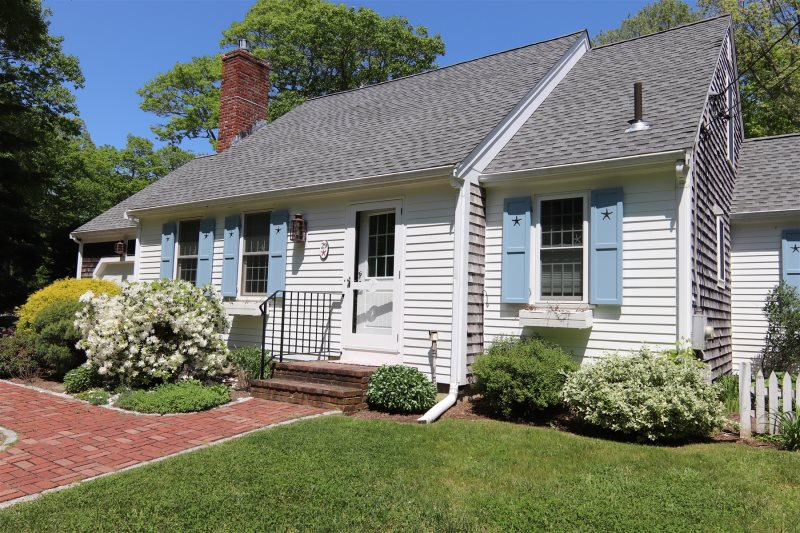 Dog Friendly East Orleans 4 Bedroom Near Nauset Beach and Town Cove