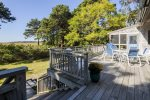Enclosed outdoor shower between garage and main house