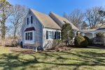 Charming and renovated Cape in the heart of Chatham