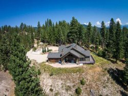Luxury Mountain Top Retreat - TOTALLY PRIVATE!  AWESOME VIEWS!