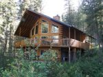 Fabulous Mountain Chalet on the Middlefork Payette