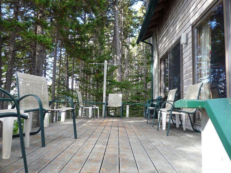 Dow Point Farm - Summer House Cottage Rentals