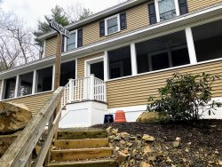 Ogunquit!  5 BDRM - Newly renovated! Beach Dreamy!