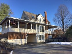 Updated Home- Walk to all of Ogunquit!