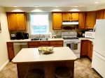 Great kitchen - large prep island