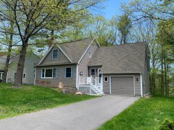 Ogunquit Beach n Town Home Rental - Restful setting