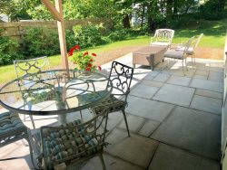 Modern studio with private patio near Downtown Ogunquit!
