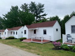 Belle of Maine - Cozy Cabin in Wells - Pool, Jacuzzi, Basketball Court, and Playground!