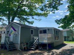 NEW LISTING - 20 Morningside Drive - York Beach Summer Rental!
