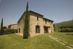 18 Century Tuscan Villa With Pool