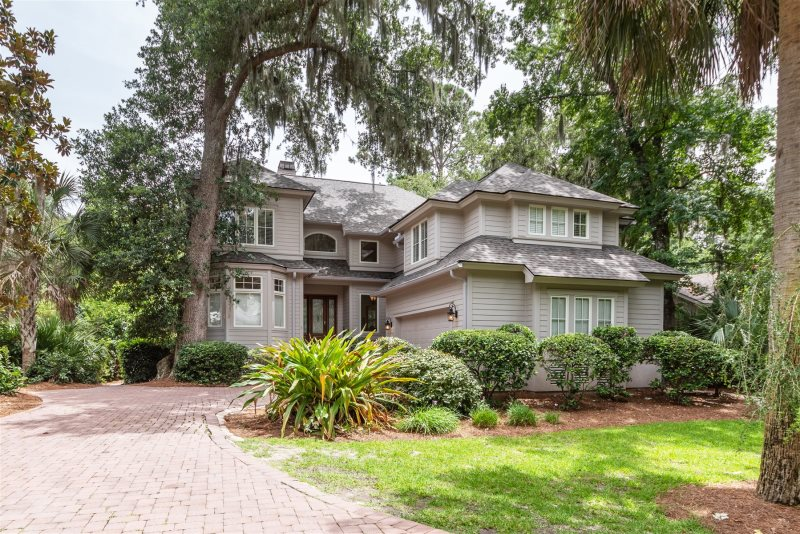 Terrific 5 Bedroom Home With Great Open Floor Plan Complete Home Design Collection Epsylindsey Bellcom