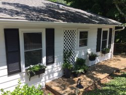 Treetops Cottage | Walk to Town Tryon | 18 Min. to TIEC