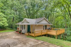Carolina Cottage | 15 Min. to TIEC | 5 Min. to Tryon Village
