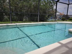 Clean 4 bed property with own private pool