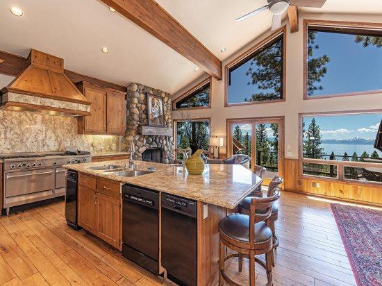Spectacular Lake Tahoe Vacation Rental