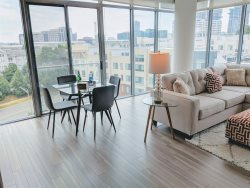 Dwel @ Ovation - 13th Floor - Corner Apartment with Park Views