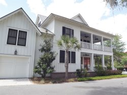 Lowcountry Luxury, Stunning Decor and Superior Location! Offers Bikes, Golf Access. Simply the Best!!