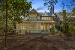 Phenomenal New Rental, Huge Screened Porch, New Patio With Fire Pit!!